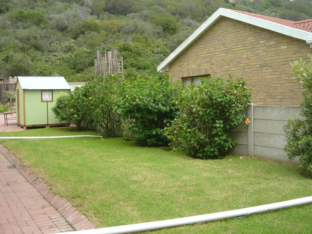 Holiday Rentals & Accommodation To Rent - Rental Ref LBO - 33580 - Holiday Houses in Groot Brak Rivier, Garden Route, South Africa