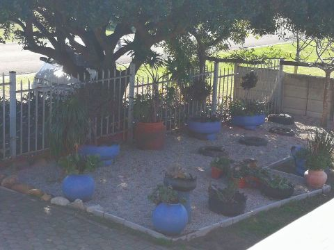 Holiday Rentals & Accommodation To Rent - Rental Ref LBO - 34942 - Self Catering in Reebok, Garden Route, South Africa