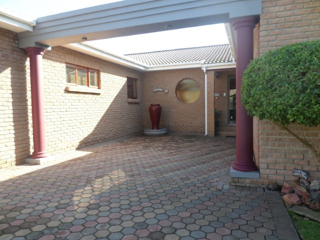 Property Rentals & Holiday Accommodation - Holiday Accommodation in Hartenbos, Hartenbos, Garden Route, South Africa