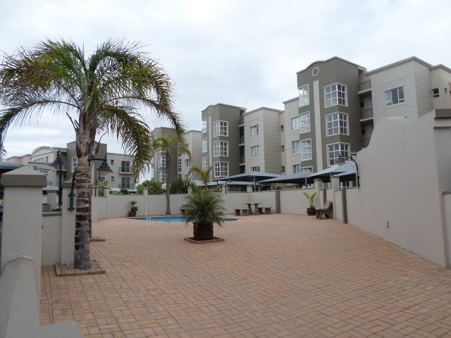Property Rentals & Holiday Accommodation - Apartments in Reebok, Reebok, Garden Route, South Africa