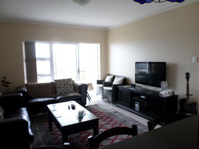 Holiday Rentals & Accommodation To Rent - Rental Ref LBO - 35438 - Apartments in Reebok, Garden Route, South Africa