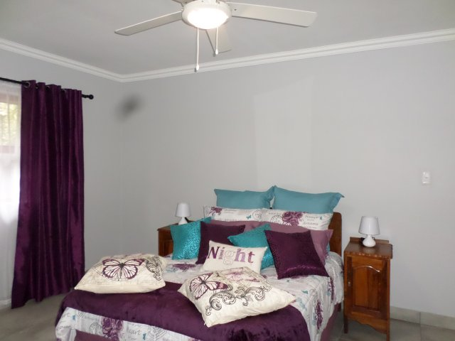 Holiday Rentals & Accommodation To Rent - Rental Ref LBO - 35452 - Holiday Accommodation in Fraaiuitsig, Garden Route, South Africa