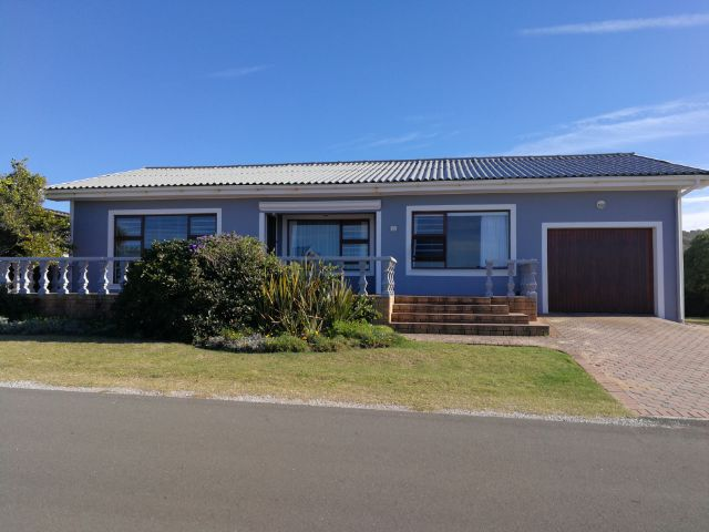 Property Rentals & Holiday Accommodation - Holiday House in Reebok, Klein Brak River, Garden Route, South Africa