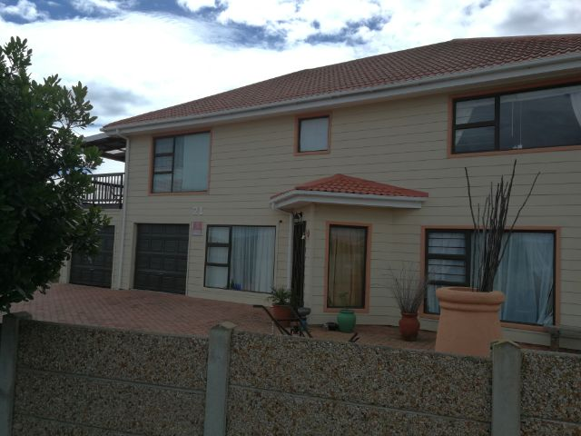 Property Rentals & Holiday Accommodation - Self Catering in Reebok, Little Brak River, Garden Route, South Africa