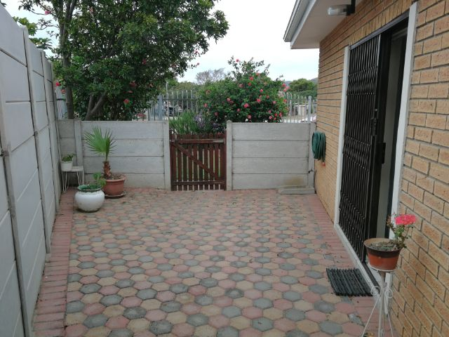 Property Rentals & Holiday Accommodation - Self Catering in Hartenbos, Mosselbay, Garden Route, South Africa