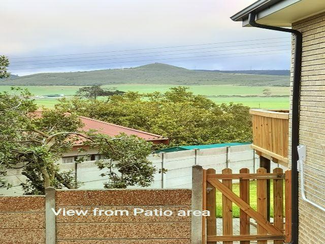 Holiday Rentals & Accommodation To Rent - Rental Ref APR - 35771 - Garden Flat in Little brak River, Eden , South Africa